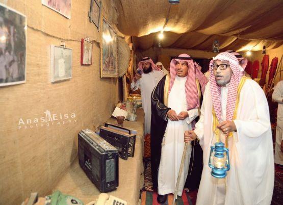 بالصور : محافظ الأفلاج يفتتح البيت التراثي ويُكرم الفائزين ببطولة شهداء الواجب