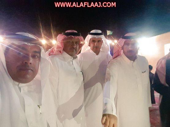 بالصور : إعلاميو الأفلاج في زيارة للأستاذ خالد آل سيف