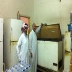 مصادرة 7800 كيلو من الأغذية الفاسدة وإغلاق 6 محلات في الأفلاج