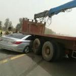 خروج مفاجئ لشاحنة من محطة وقود جنوب اﻷفلاج يتسبب في مصرع مقيم عربي وابنه