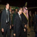 الرئيس المصري يصل الرياض لتقديم العزاء بوفاة الملك عبدالله