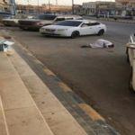 مواطن يسجد شكراً لله بعد نجاته من حادث بالأفلاج