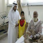 المرضى المنومين يستقبلون زيارة طلاب مدرسة نادي الحي بليلى
