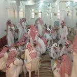 بالصور مسجد الإمام مالك يقيم إفطار العيد