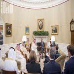 بالصور.. الرئيس الأمريكي يلتقي ولي ولي العهد في البيت الأبيض