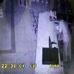 كاميرا مراقبة توثّق عملية سطو (جريئة) في الأفلاج