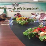 على زخات المطر المحافظ يرأس إجتماع لجنة التنمية السياحية الأول بحضور الأسماء الذهبية
