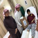 بالصور : النشاط الطلابي بالمعهد العلمي يزور المرضى المنومين بالمستشفى