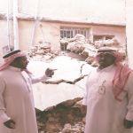 بالصور : خيرية الأفلاج تقف مع أسرة إنهار منزلها بسبب الأمطار