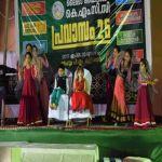 بالصور : الجالية الهندية بالأفلاج تقيم احتفالاً بمرور 25 عاماً وقناة هندية تنقل الحدث