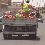 مواطنون يطالبون مرور الأفلاج بالتدخل لمنع ظاهرة نقل العمال بمركبات غير مخصصة