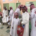 بالصور : ابتدائية زيد بن ثابت بالخالدية تكرم طلابها المتفوقين