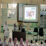 الأمين العام للجمعية الوطنية لمكافحة المخدرات يحاضر  في ثانوية الملك فهد