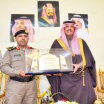 السديري يستقبل العقيد مبارك العجمي قائد القوة الخاصة لأمن الطرق بمنطقة تبوك