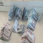 بالصور : ضبط آسيويين بحوزتهما مبلغ مالي يتجاوز 140 ألف في الأفلاج