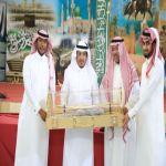 بالصور : ابتدائية خالد بن الوليد تكرم المعلمين والإعلاميين