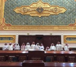 بالصور : نادي الحي بالأحمر يحضر جلسة مجلس الشورى المنعقدة يوم الاثنين