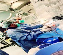 """""""بكوادر طبية سعودية ،،  إجراء أول عملية قسطرة قلبية لتوسعة الصمام دون تدخل جراحي"""