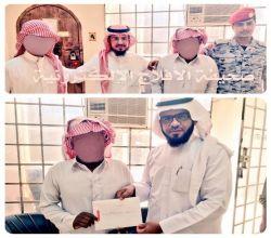 """بالصور : إطلاق سراح اثنين من الموقوفين بحقوق مالية بجهود """" الفالح """""""