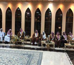 شاهد .. الأمير محمد بن سلمان يزور الشيخ سعد الشثري بالطائف.