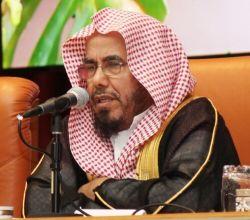 الشيخ عبدالله المطلق: يجوز الجمع في غير السفر لهذه الحالات