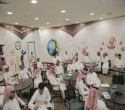 """بالصور: كليات جامعة الأمير سطام بالأفلاج تنظم لطلابها دورة عن """"فن التعامل مع الجمهور"""""""