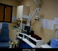مدير المستشفى  الأستشاري يكشف على المرضى كل يوم ثلاثاء