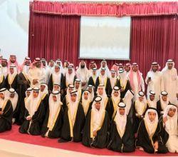"""بالصور.. """"ابتدائية خالد بن الوليد"""" بالأفلاج تحتفل بتخريج 60 طالباً"""