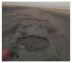 وزارة النقل تتجاهل بلاغ مواطن أبلغ عن حفرة وسط طريق سريع
