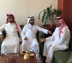 """بعد لقائه بالمحافظ ..مدير """"صحة الرياض"""" يبشر بدعم لمستشفى الأفلاج  : أطباء وممرضون وفنيون في الطريق"""