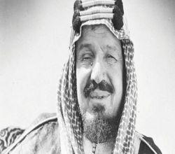 """الشيخ سعد بن عتيق آل عتيق : لـ الملك عبدالعزيز  """"أضيفًا جئت أم خصمًا؟""""، فرد الملك: """"بل خصمًا""""."""