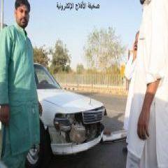 المسلمون يصلون العيد وهروب مواطن إرتطمت به سيارة اخرى