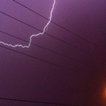 أمطار متوسطة على الأفلاج ومشاهدة البرق في عدة إتجاهات