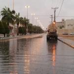 الأمطار تغمر شوارع ليلى وصهاريج المياه تستعد لكثافة الأمطار