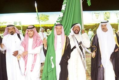محافظ الأفلاج يدعو المواطنين والمقيمين لحضور احتفالات العيد
