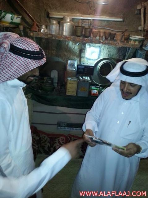 مدير التعليم يزور المتحف الشخصي لصالح آل تميم