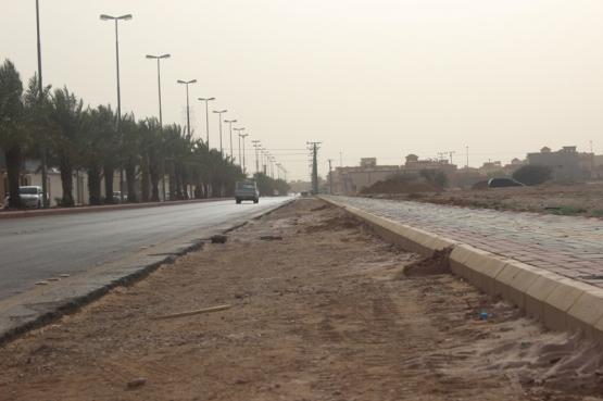 بالصور.. شوارع الأفلاج بين مطرق الإهمال وسندان النسيان