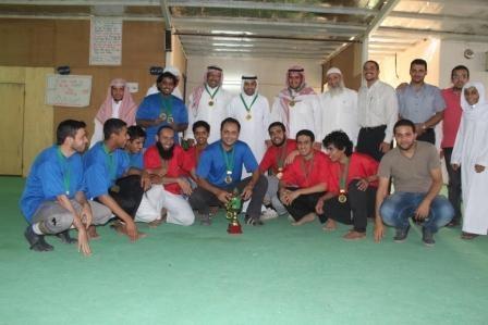 فريق الملك فيصل بمدارس رواد الأفلاج يفوز بكأس المؤسس