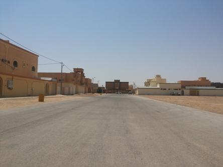 قطوعات مستمرة للمياه والكهرباء في حي الملك فهد بالأفلاج