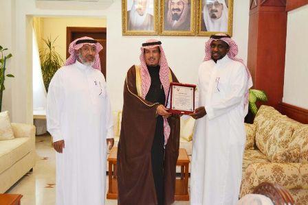 سعادة محافظ محافظة الأفلاج رئيسا للهيئة الشرفية لنادي التوباد