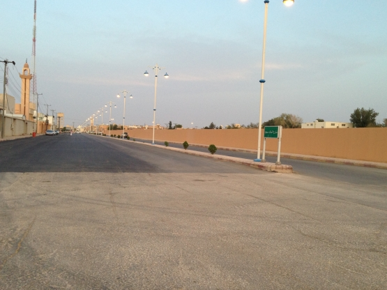 """زفلتت طريق الملك سعود تجاوبآ مع """"صحيفة الأفلاج الإلكترونية"""""""