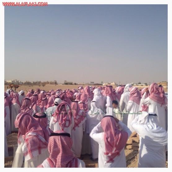 بالصور جموع غفيرة تودع الشيخ إبراهيم الخرعان رحمه الله
