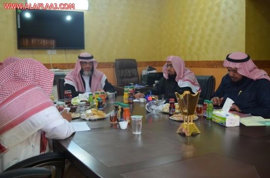الشيخ عبدالرحمن الحزيمي يزور جمعية الأفلاج الخيرية