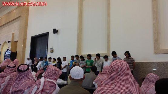 بجهود المتطوعين ودعم المحسنين 17عاملاً آسيوياً يعلنون إسلامهم في اﻷفلاج