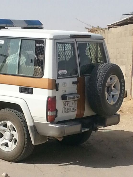 الدوريات اﻷمنية تنجح في القبض على متهم في حادثة إطلاق النار على مواطن قبل أشهر