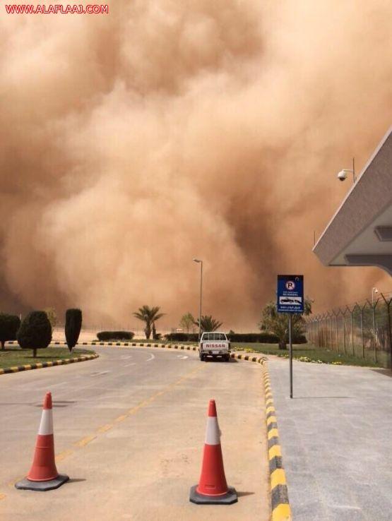 """""""مدني الأفلاج"""" يحذر من عاصفة غبار تستمر حتى ساعات الليل اليوم"""