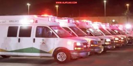 إصابة ووفاة أكثر من  ١٢ في حادث مركبتين وجه لوجه في الهدار