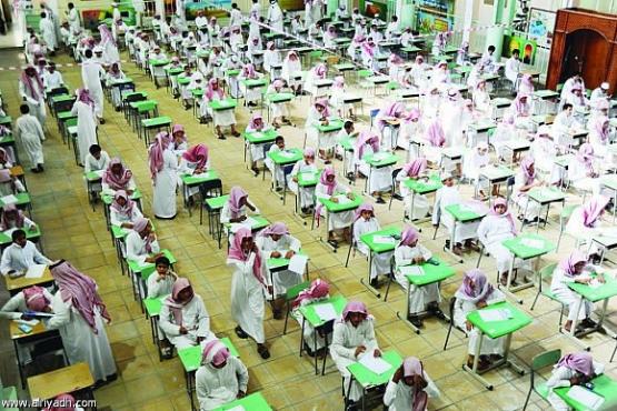 لا إعادة لأي طالب دخل الاختبارات مهما كانت الأسباب