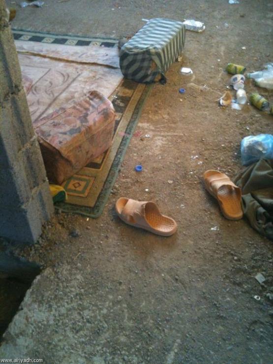 مستوصف مهجور بالأفلاج يتحول لمأوى للعمالة المخالفة