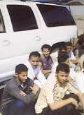 القبض على مواطن حاول تهريب مجهولين بالأفلاج